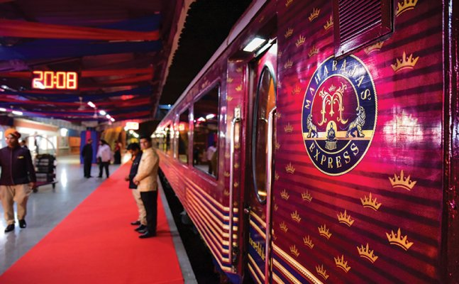 Relish majestic experience with Maharaja Express at 50 % discount; know details here