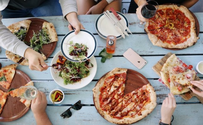 Pizza Day: How Pizza lovers can binge eat without caring about calories