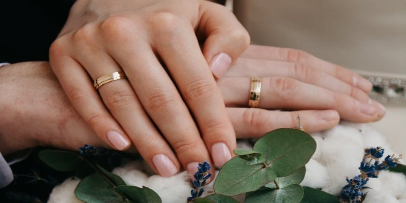 The Best Ways to Maintain Men`s Wedding Bands
