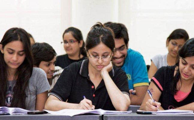 अगर आप हिंदी पत्रकारिता में करियर बनाना चाहते हैं तो ले सकते है इस मीडिया स्कूल में दाखिला
