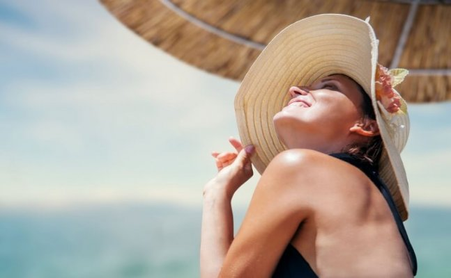 Summer essentials to keep your skin health and glowing