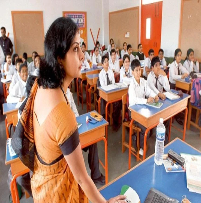 देश में 10 लाख पद टीचर्स के लिए खाली, इन राज्यों में खाली पद ज़्यादा