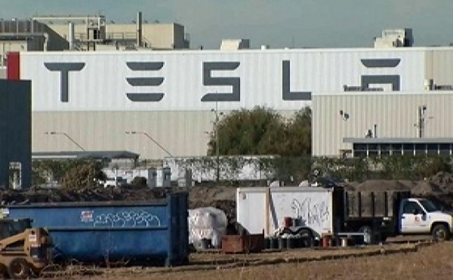 Tesla sacks several hundred employees