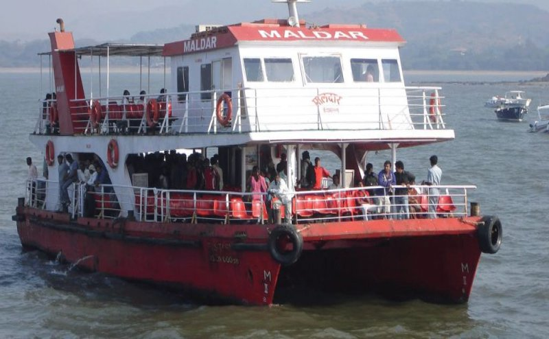 Cyclone Vayu: Ferry services suspended in Mumbai