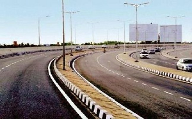 Work of broadening highways, roads begins in Agra