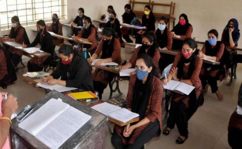 English medium compulsory for college degree in AP