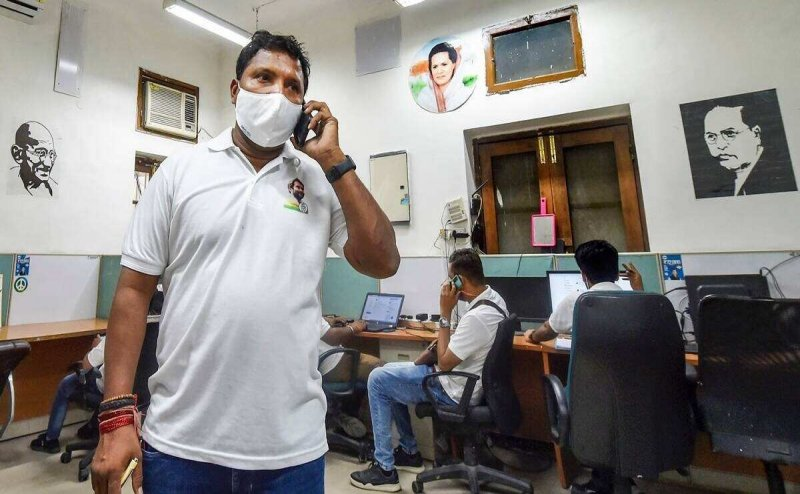 Behind Youth Cong's Srinivas, 100 volunteers across Delhi to track and respond to Covid SOS