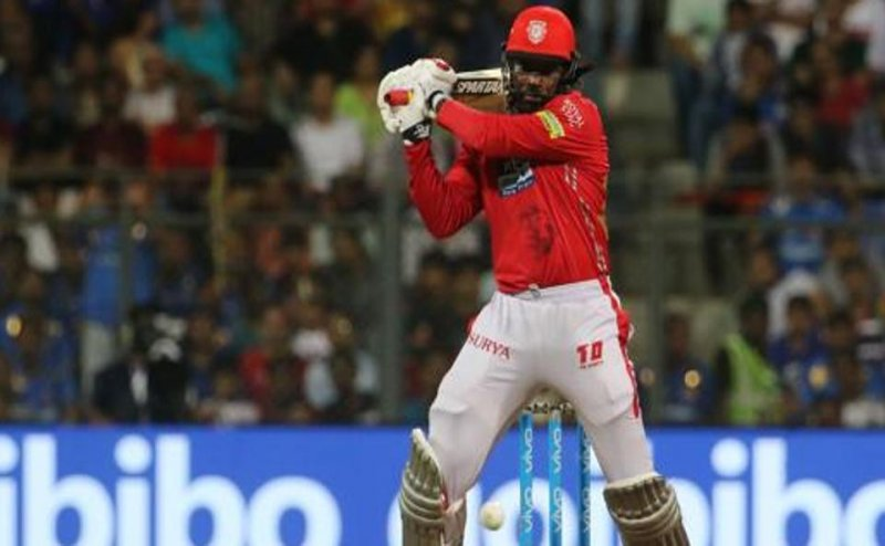 Chris Gayle 1st batsman to hit 300 sixes in IPL history