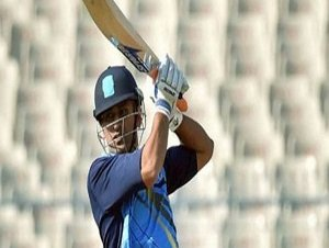 Vijay Hazare Trophy: Captain Dhoni`s 100 bails Jharkhand out of trouble