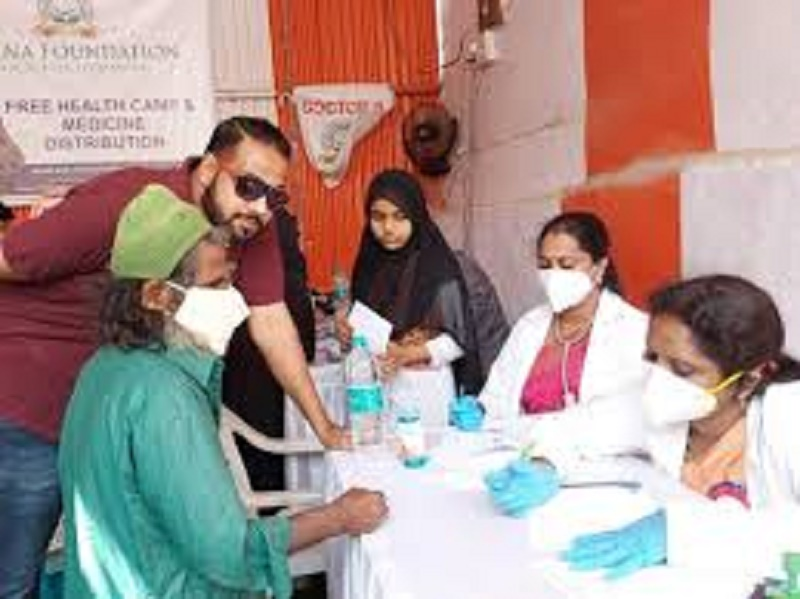 Hyderabad's Sakina Foundation organises free health camp