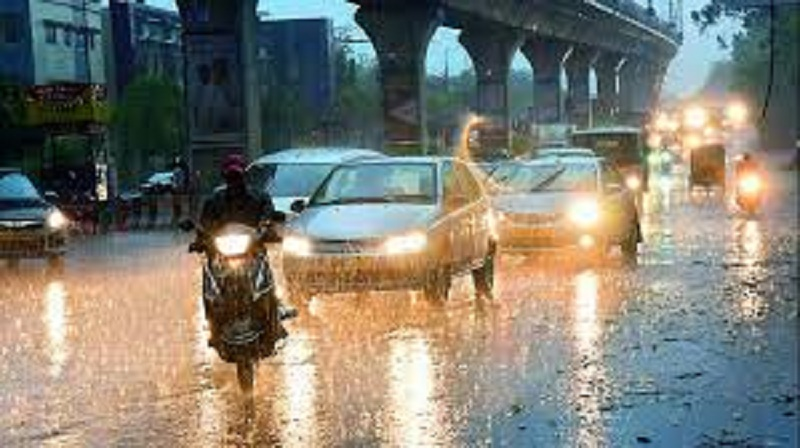Unexpected showers in Hyderabad halt traffic movement