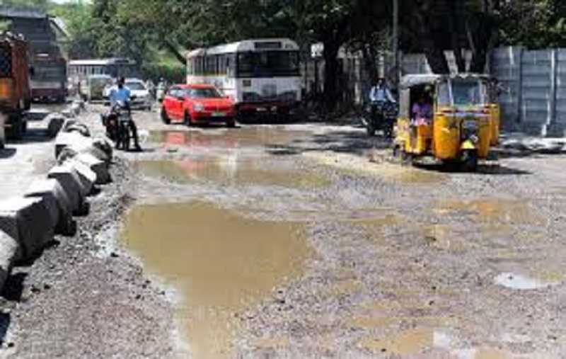 Hyderabad citizens demand grievance redressal system for road repairs