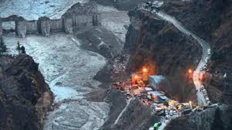 Uttarakhand disaster: Rescue team recovers 61 dead bodies till now