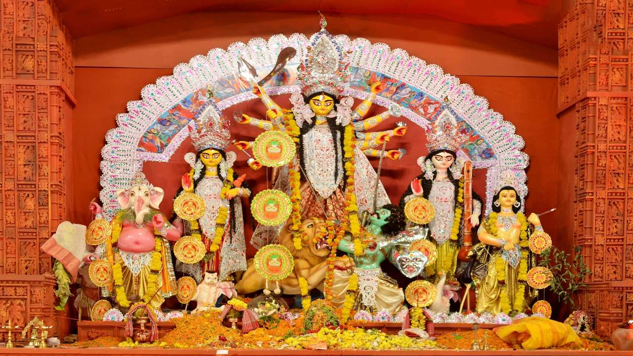 Lakhimpur district administration adopted a unique way for the immersion of the idols