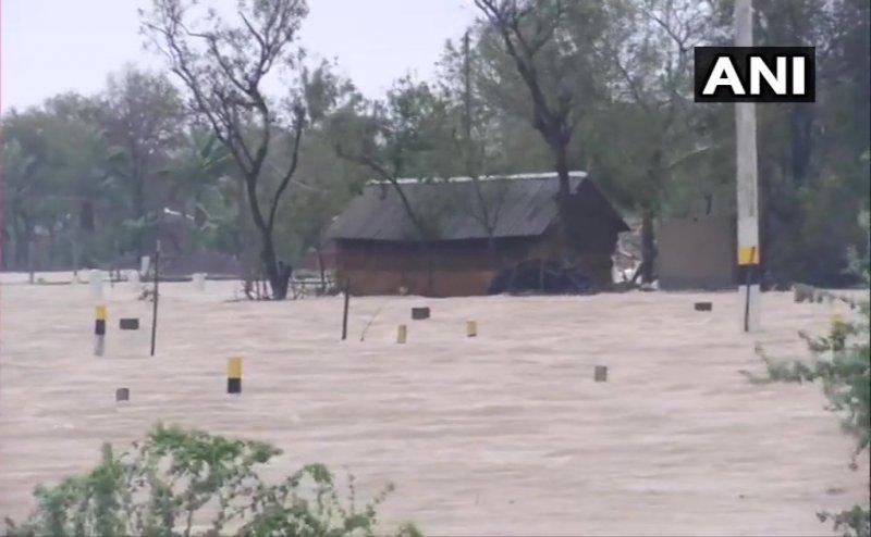 Cyclone Yaas crosses Odisha, flood like situation in several areas