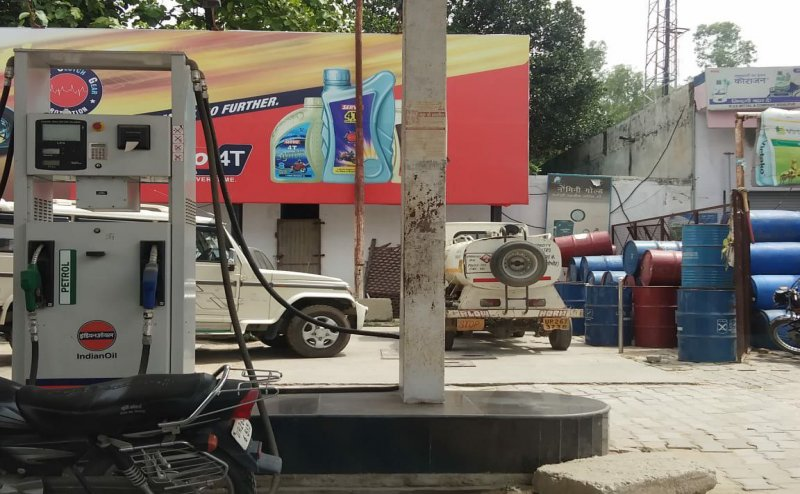 Petrol, Diesel prices hiked again for 25th time in last six weeks, Check latest prices in your city