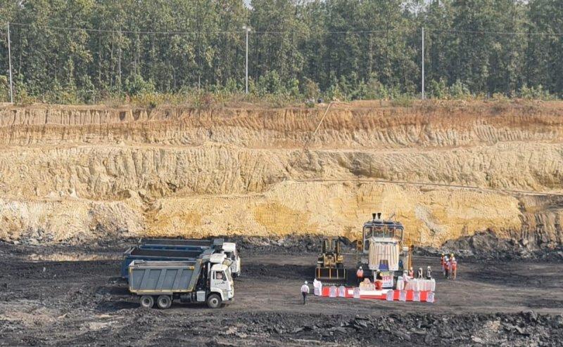 Six Assam miners feared trapped inside Meghalaya coal mine