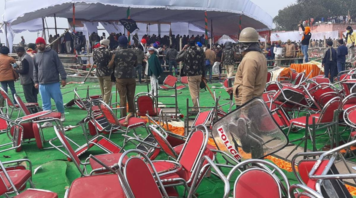 CM Khattar's kisan event cancelled after protesting farmers vandalise venue