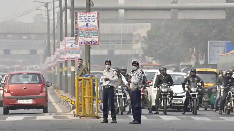 Farmers' protest: Chilla, Ghazipur borders closed, traffic diverted from GT Karnal Road