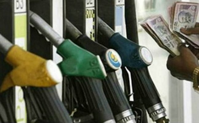 Petrol and diesel prices to vary daily in 5 cities from May 1 under trail run