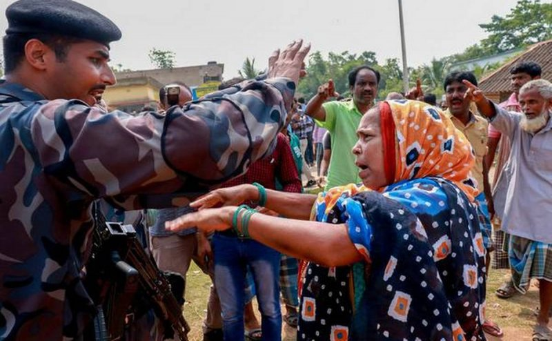 Bengal violence: EC`s attempt to conduct peaceful election miserably fails
