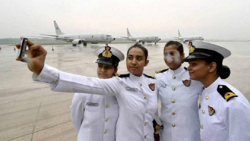 International Women's Day: Indian Navy deploys women officers on warships after 23 years