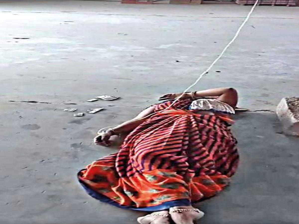 Shocking: Patients with fever treated on Morbi ceramic factory's floor