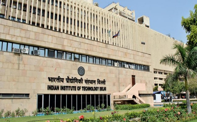 E-commerce companies lure IIT grads with hefty packages