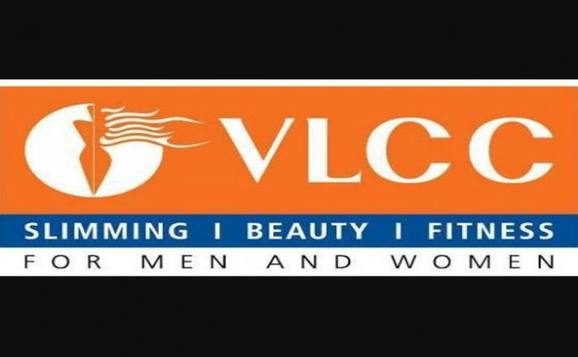 VLCC Allahabad clears beauty-related queries of young fashion bloggers