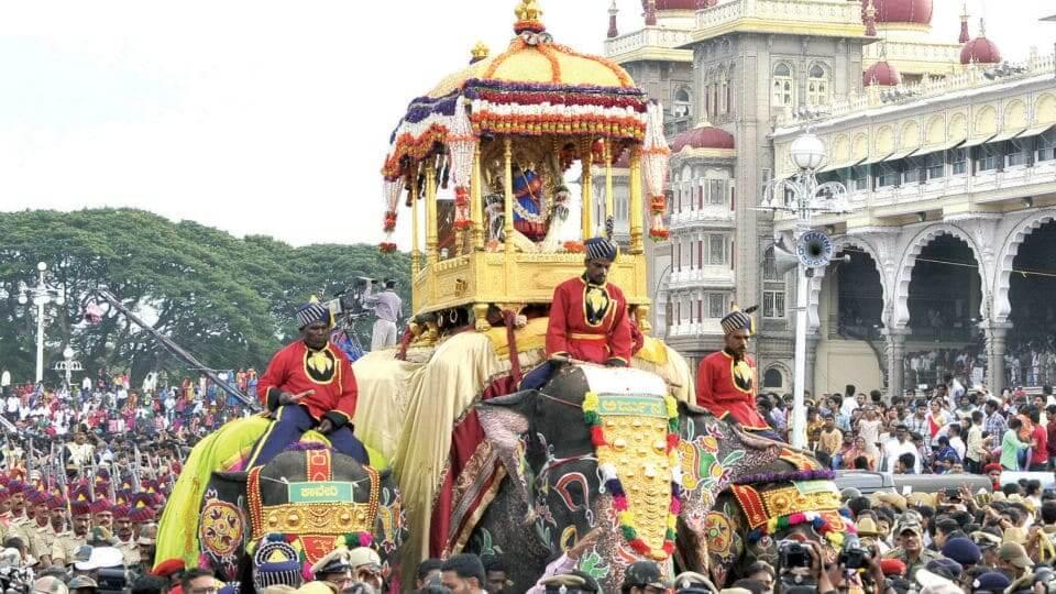 Dasara countdown begins as Jamboo Savari reaches Mysuru Palace