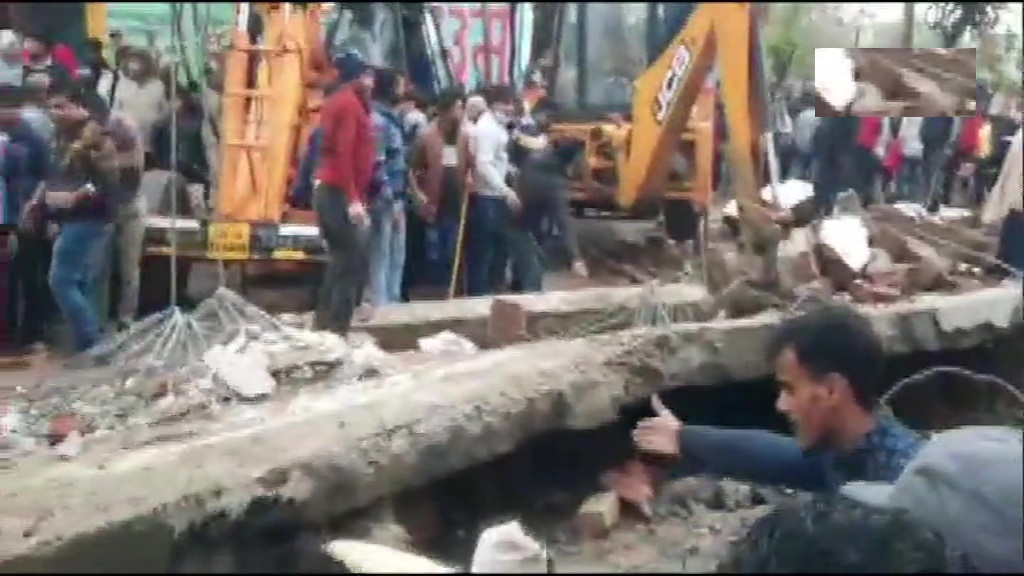 18 Dead As Roof Collapses At Crematorium In UP