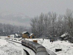 Intense cold in J&K, Srinagar and Jammu record coldest night