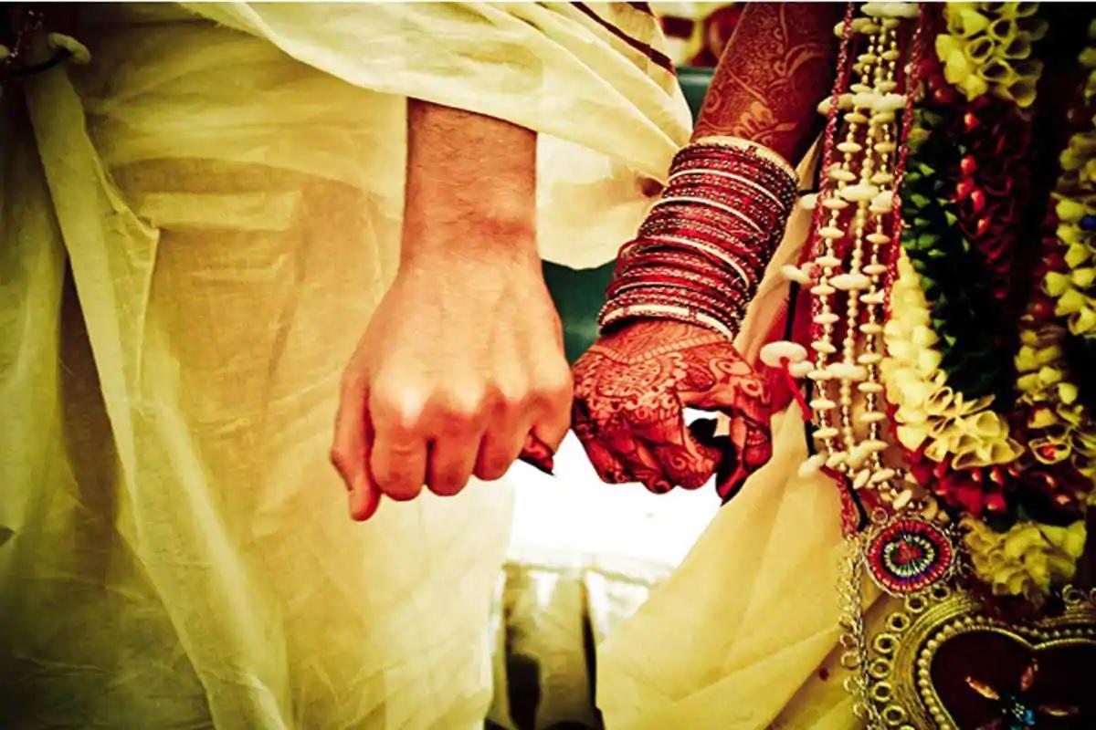 Uttar Pradesh: Allahabad HC reunites interfaith couple in Etah