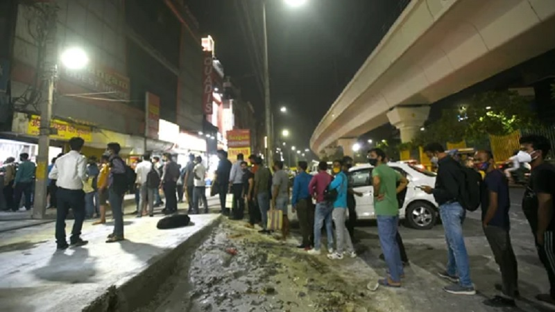 Noida Police fines 482 people for flouting Covid-19 protocols