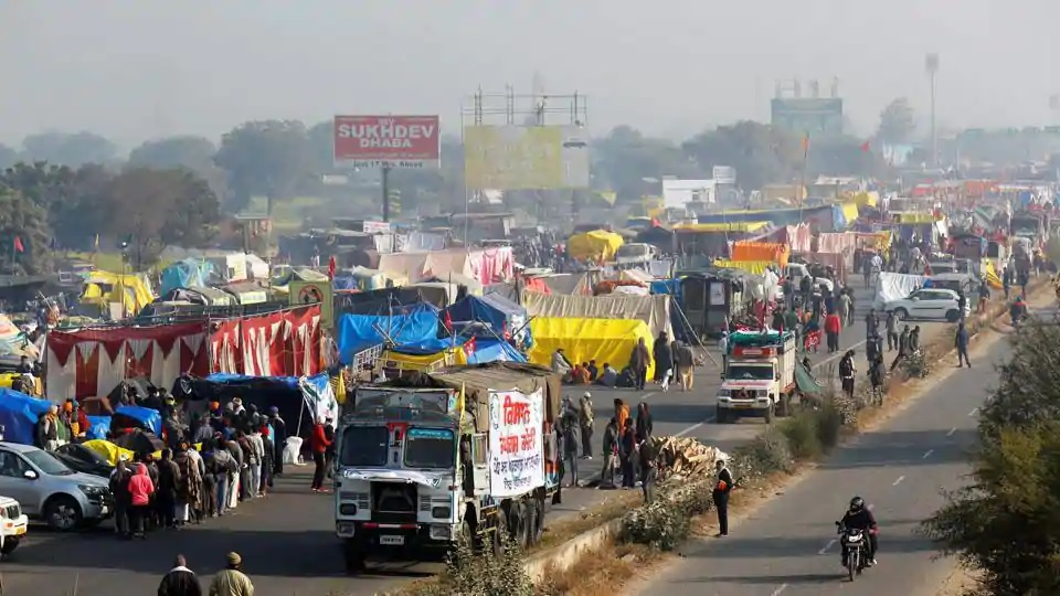 Two national highways closed due to stir; farmers yet to decide on sixth round of talks
