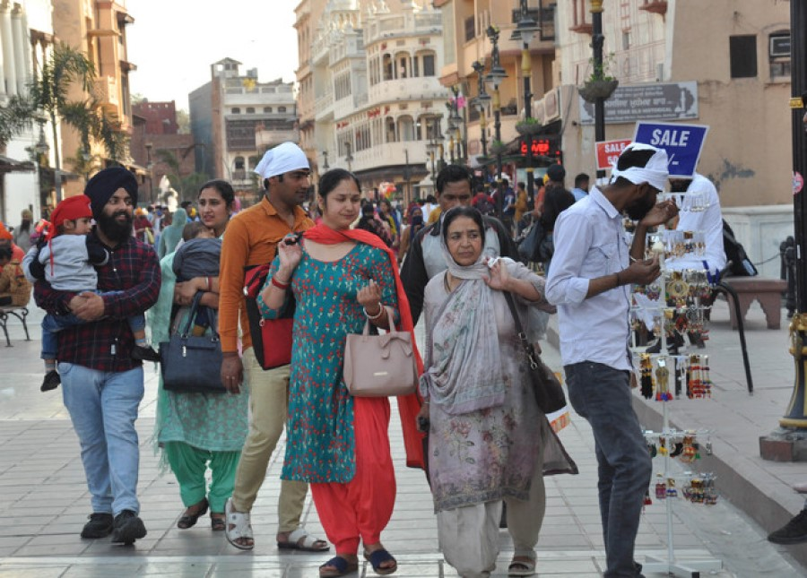 People seen without mask in Delhi day after highest Covid-19 surge in a month