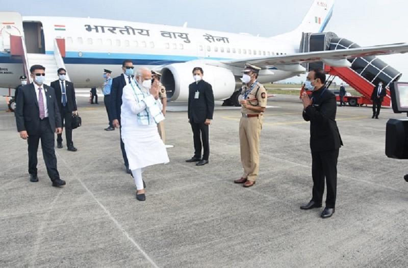 Maha CM, Guv not to accompany PM Modi during Pune's SII visit