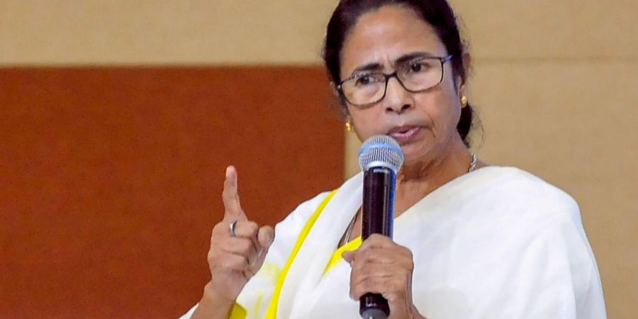Complaint filed against BJP leader for making a statement against Mamata Banerjee