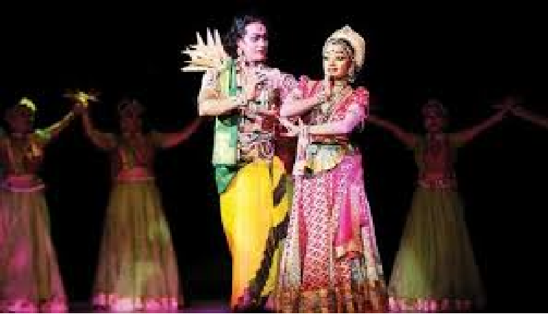 Team of 10 technical experts at Katra ramleela committee designed special sets for various Ramleela episodes