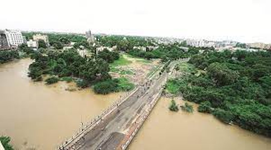Tonnes of toxic acid dumped into Vishwamitri River