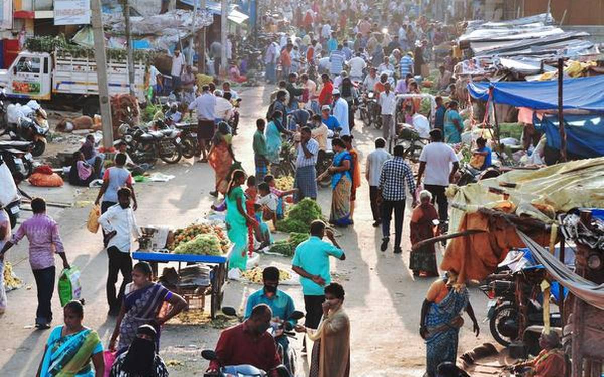 Increasing crowd in markets can lead to surge in Covid-19 cases