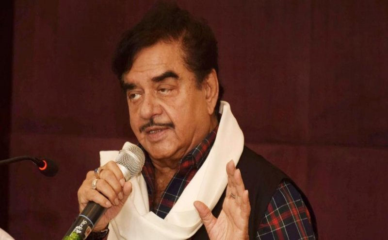 Shatrughan Sinha to join Congress, likely to be fielded against Ravi Shankar Prasad