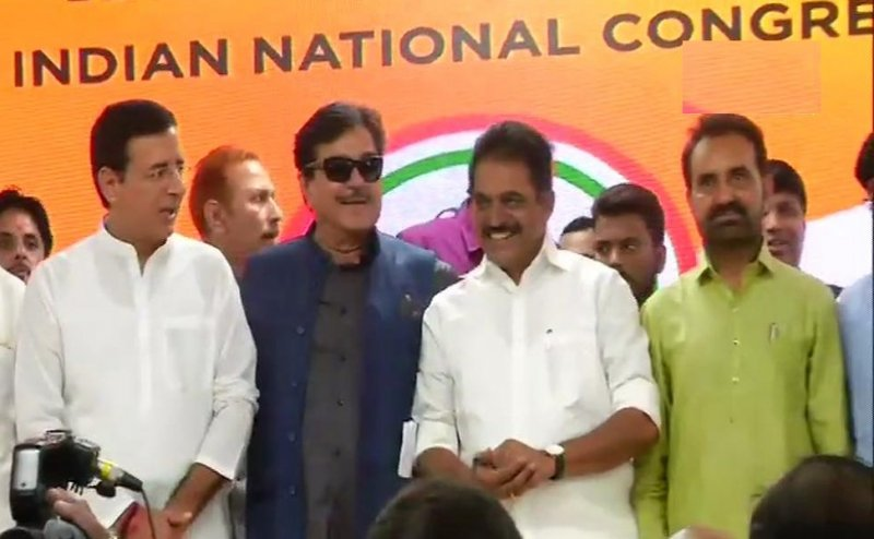 Shatrughan Sinha Officially joins the Congress party