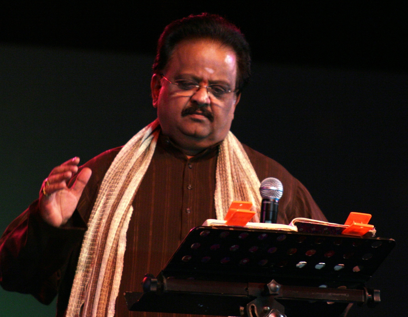 Veteran playback singer S P Balasubrahmanyam tests Covid-19 positive