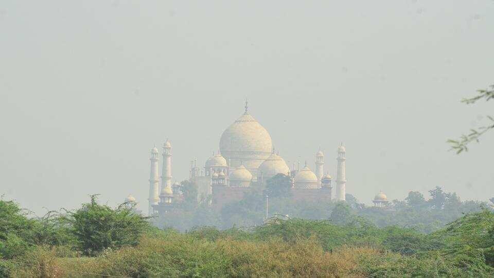 Rising air pollution in Agra reduces Taj visibility