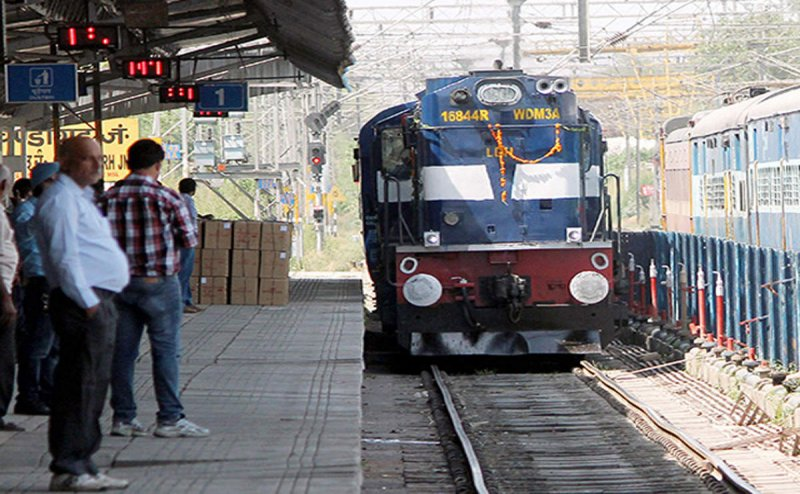 Visakhapatnam and Kakinada gets a special train between them