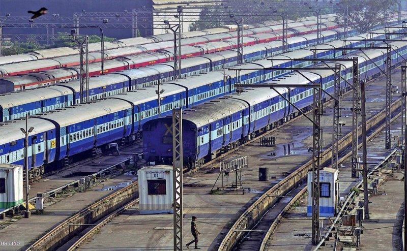 Two Hyd-Vizag spl trains cancelled