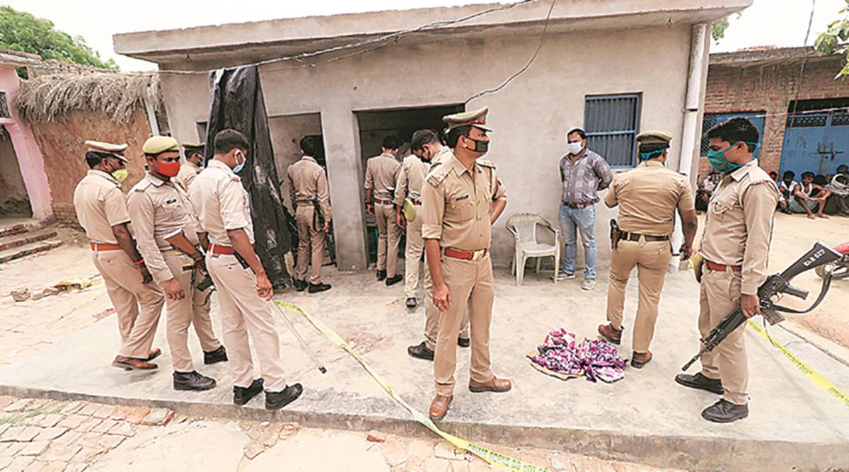 UP cop, suspended for alleged role in Vikas Dubey case, moves SC seeking protection