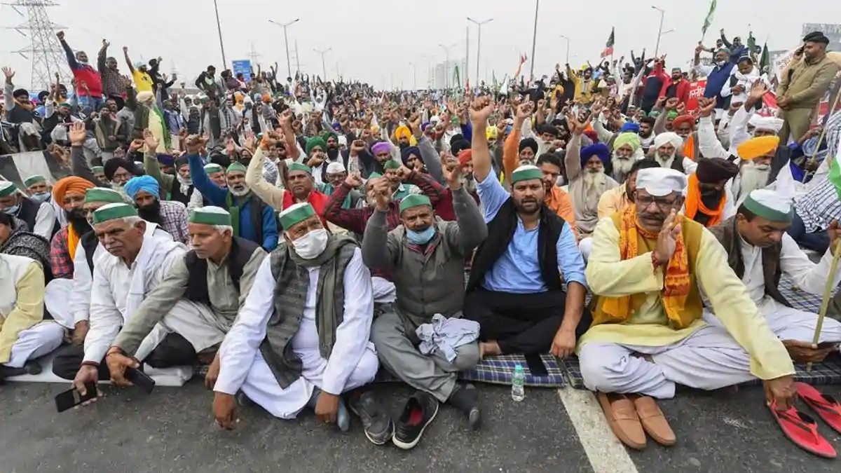 Protesters block Delhi-Meerut e-way at border for 10 hours, inner lanes jammed