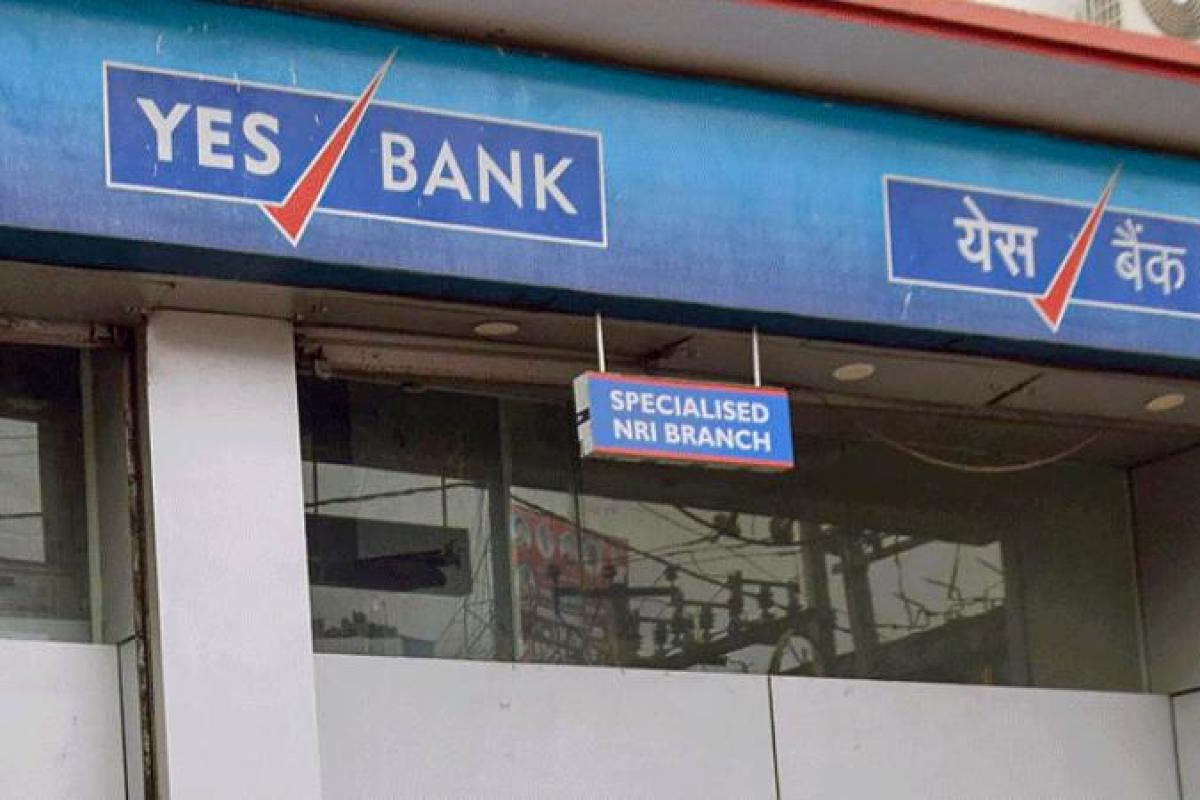 Analysts Divided on Yes Bank FPO